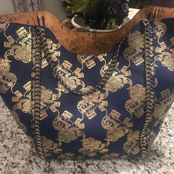 Lilly Pulitzer Handbags - Lilly Pulitzer Elephant Tote